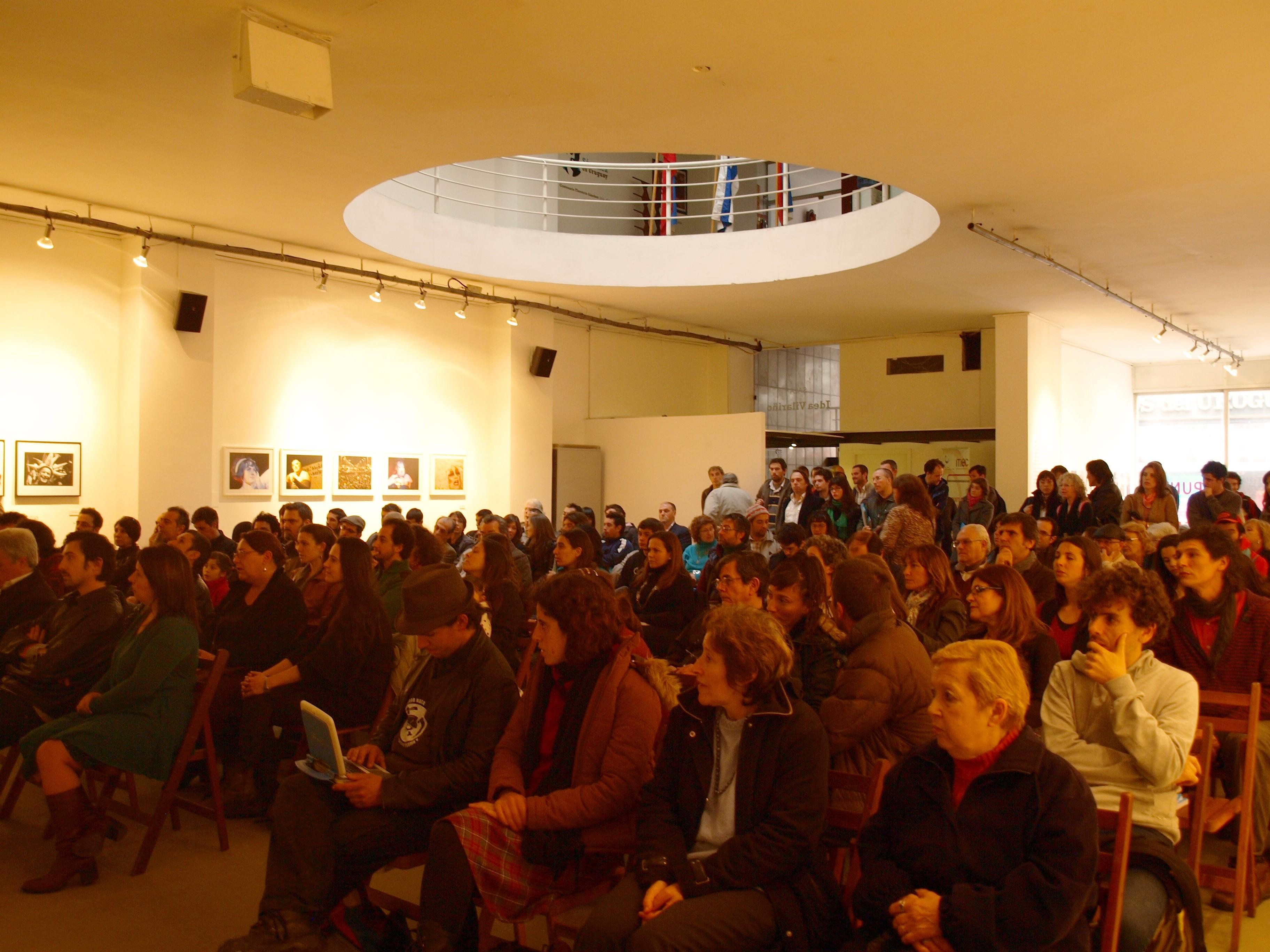 Público asistente ceremonia premiacion